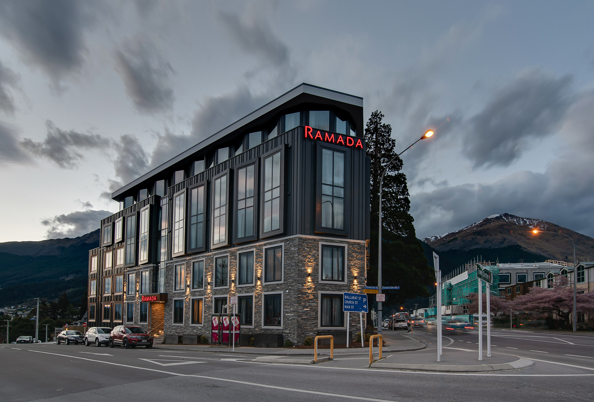 Ramada-Penthouse-and-externals-17