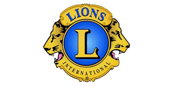 giving-safari-group-lions